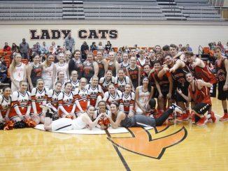2018-2019 Lynn Camp Basketball Team and Cheerleaders