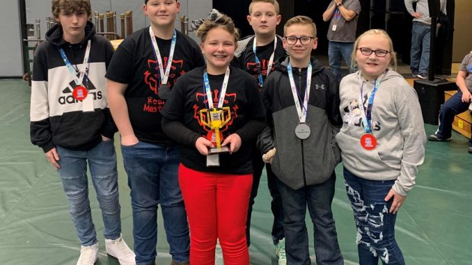 Six students from Girdler hold the Judges award.