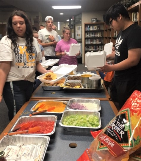 Lunch was provided to the students with a Mexican taco theme.