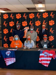 Signing day photo for Julia with University of Cumberlands